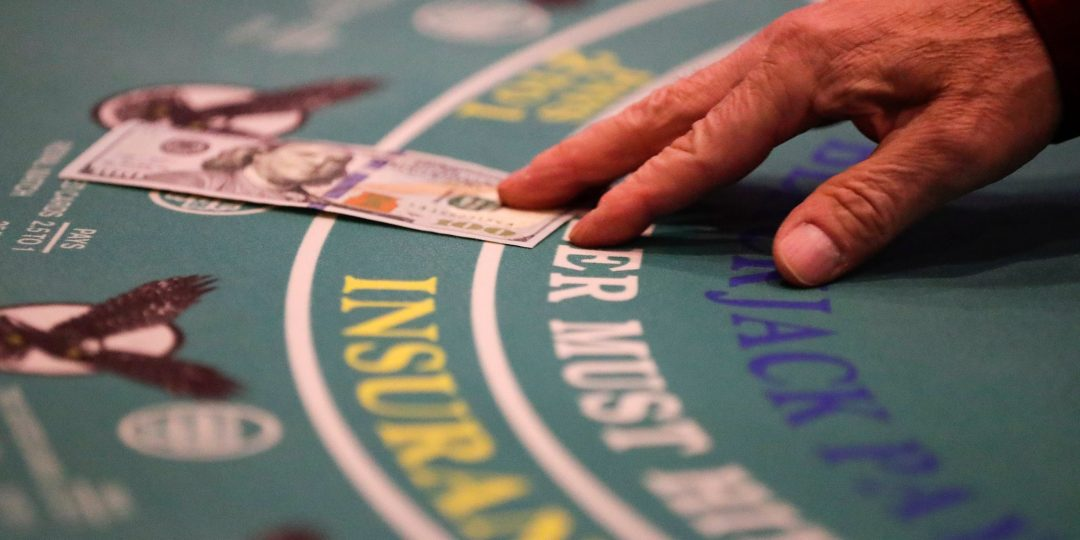 The Way To Read Poker Opponents?