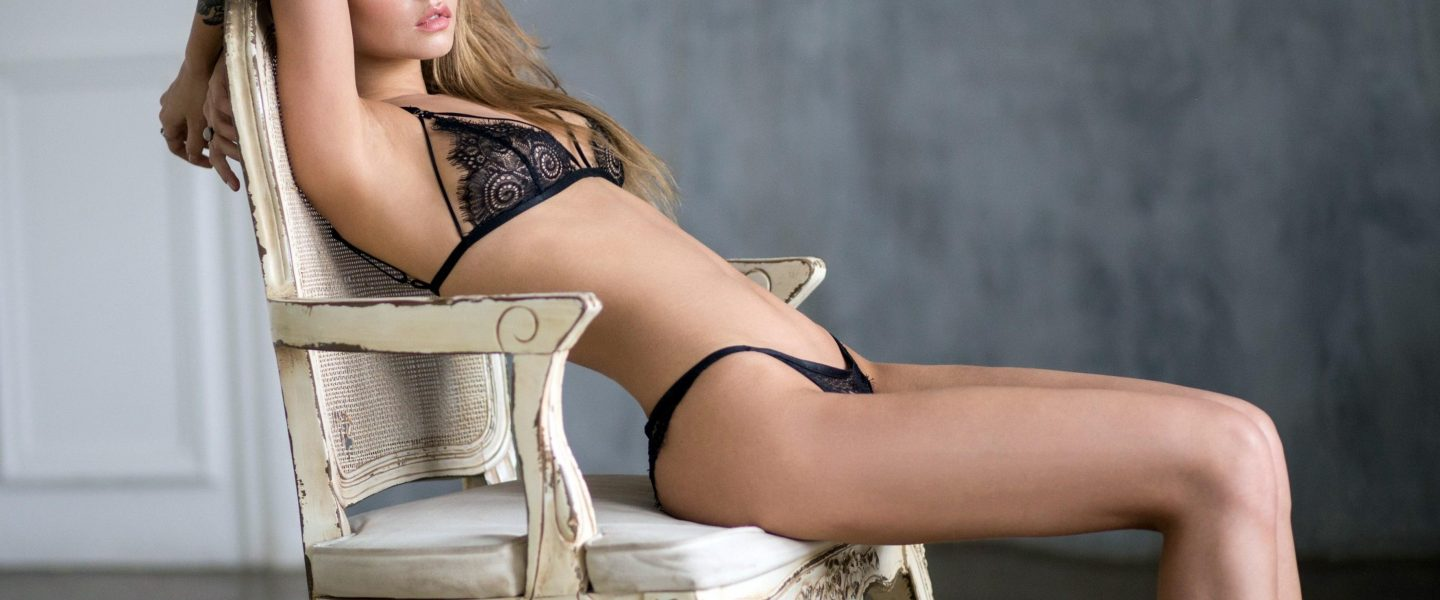 Escort Booking To Help You In Finding The Girls Available At Your Nearby
