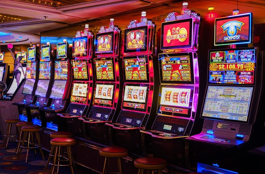 Little Identified Info About Gambling Online And Why They Matter